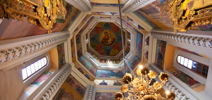 Moskou-Basilius-cathedral-interior