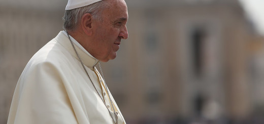 Pope_Francis_2_at_the_Wednesday_General_Audience_in_St_Peters_Square_on_May_20_2015_Credit_Daniel_Iba_n_ez_CNA_5_20_15