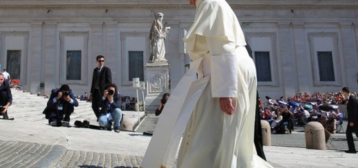Pope_Francis_1_walking_up_to_St_Peters_Basilica_on_June_3_2015_before_the_Wednesday_general_audience_Credit_Bohumil_Petrik_CNA_6_3_15