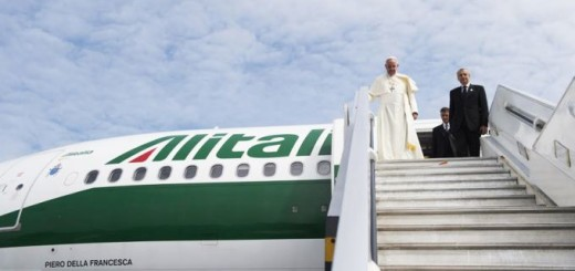 Pope_Francis_arrives_at_the_Quito_airport_in_Ecuador_during_his_South_America_trip_on_July_5_2015_Credit_LOsservatore_Romano_CNA_7_5_15
