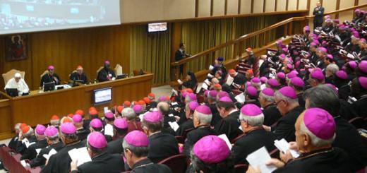 synod_eveque