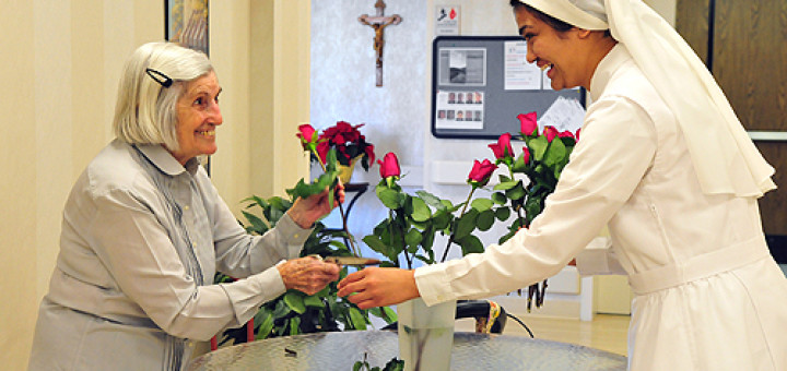 A_resident_and_a_sister_arrange_flowers_at_the_Little_Sisters_of_the_Poors_Mullen_Home_in_Denver_CO_in_this_undated_file_photo_Credit_El_Pueblo_Catolico_James_Baca_CNA_1_3