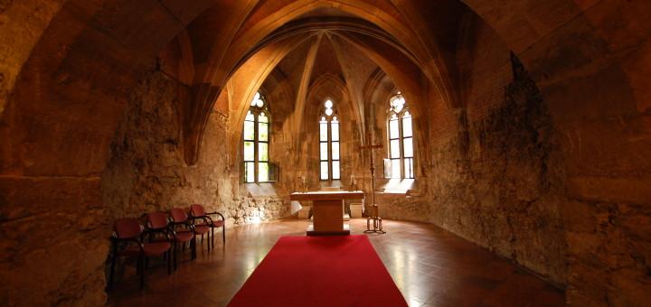 Buda_castle_interior_church-1
