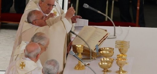 Pope_Francis_celebrates_Mass_for_the_Canonization_of_St_John_Paul_II_and_St_John_XXIII_April_25_2014_Credit_Stephan_Driscoll_CNA