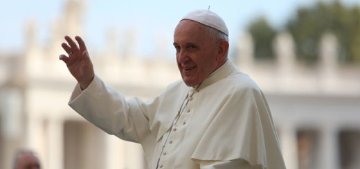 Pope_Francis_greets_pilgrims_in_St_Peters_Square_during_the_Wednesday_general_audience_on_Oct_1_2014_Credit_Bohumil_Petrik_CNA_CNA_10_2_14