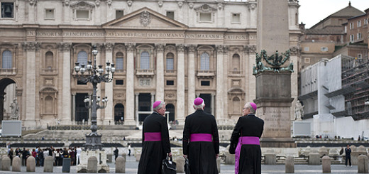 Bishops_walk_through_St_Peters_Square_on_their_way_to_synod_meetings_on_the_New_Evangelization_Oct_13_2012_Credit_Mazur_catholicnewsorguk_CNA500x320_Vatican_News_11_19_12