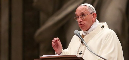 Pope_Francis_celebrates_Mass_for_the_Feast_of_the_Presentation_of_Jesus_at_the_Temple_in_St_Peters_Basilica_Feb_2_2015_Credit_Daniel_Ibez_CNA_6_CNA_2_2_15