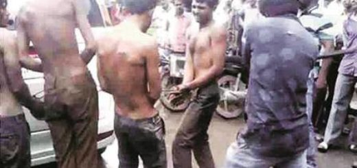 4 Dalits chained to a car being beaten up