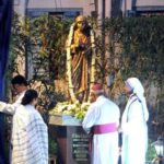 Statue of Mother Teresa unveiled by Mamata