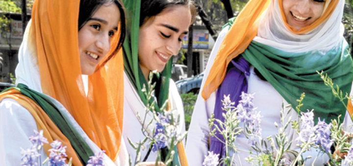 Kashimir girls