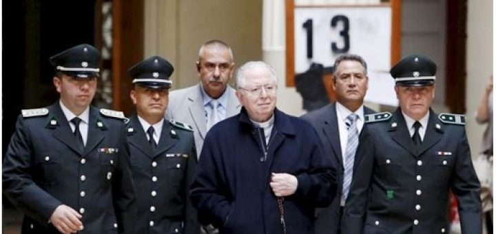 Chilean Father Fernando Karadima leaves the Supreme Court buildinf